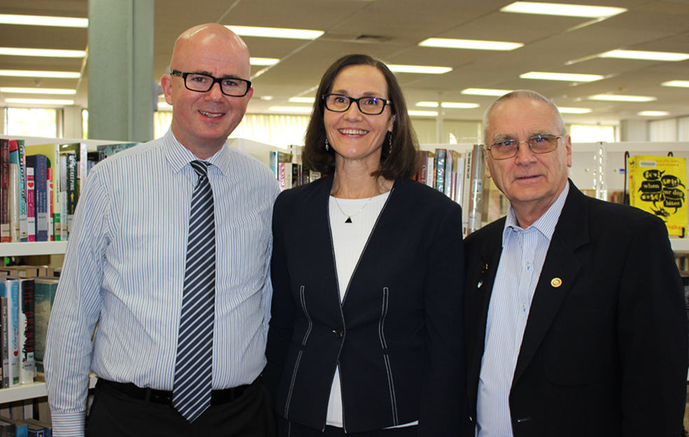 Blue Mountains Mayor Mark Greenhill, Councillor Romola Hollywood and Deputy Mayor, Cr Chris Van der Kley, at Springwood Library.
